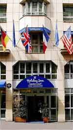Online reservation for Hotel Holiday Inn garden Paris